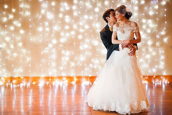 lights wedding backdrop