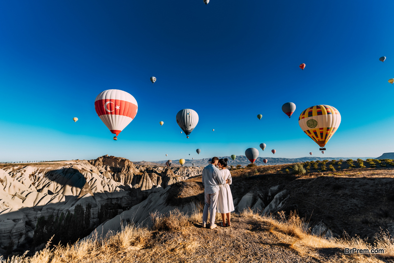 hot air balloon wedding