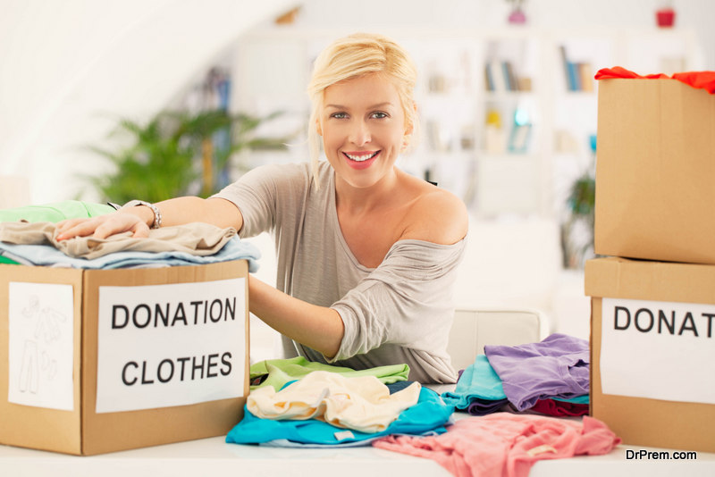 woman-donating-clothes