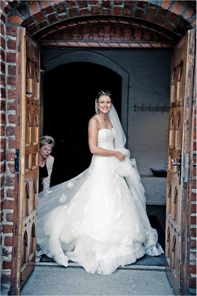 bruden ved kirke