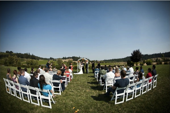 Outdoor-wedding-zenith-vineyard-ejp-events