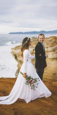 15 Hawaiian Wedding Dresses For Your Love Story | Wedding ...