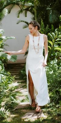 18 Hawaiian Wedding Dresses For Your Love Story | Wedding ...