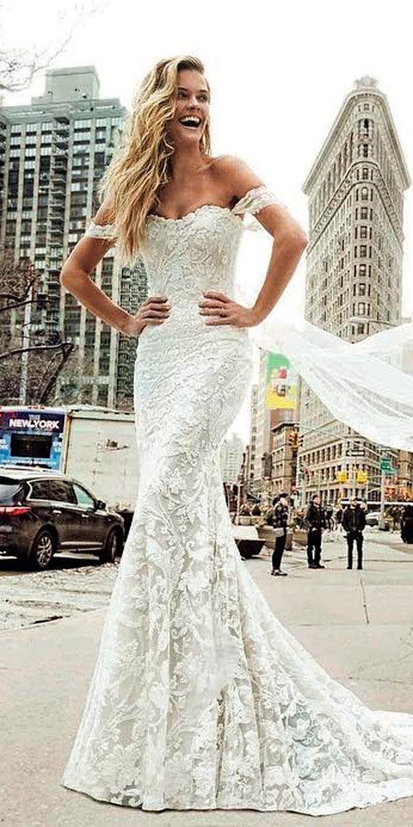 24 Awesome Off The Shoulder Wedding Dresses Inspiration