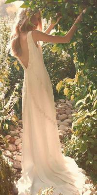 30 Revealing Wedding Dresses From Top Australian Designers