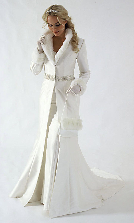 Winter Wedding Dress Trends for 2010  Wedding  Engagement Noise