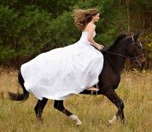 Horse Riding Wedding Dresses