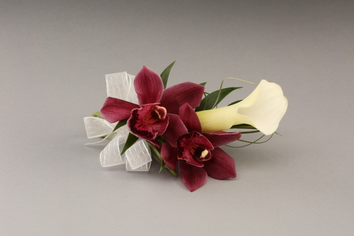 PICTURE OF ORCHIDS & CALLA LILY CORSAGE