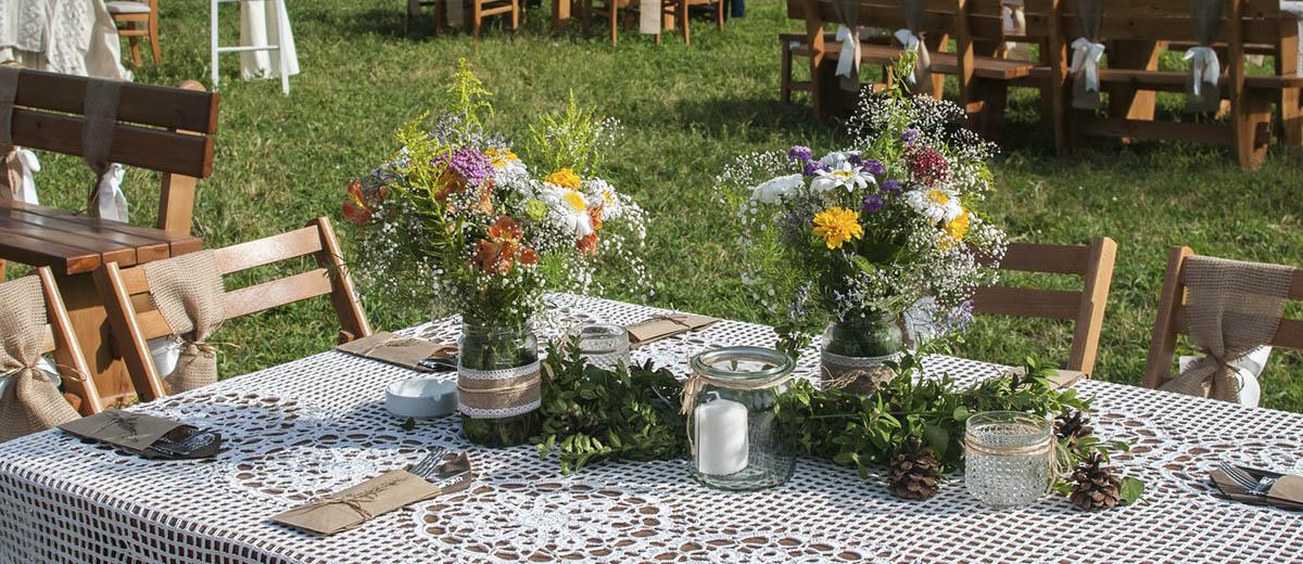 30 Cozy Rustic Backyard Wedding Decoration Ideas
