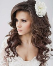 hairstyles bride with curly