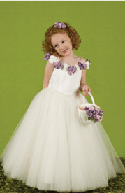 curly flower girl hairstyle