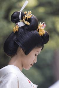 traditional japanese wedding hair traditional kanzashi ...