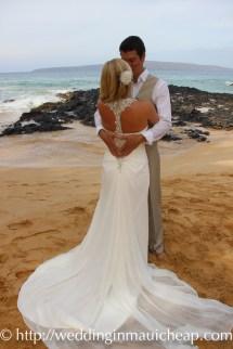 Img 7112 Affordable Barefoot Maui Wedding