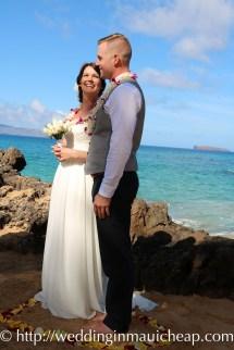 Img 1443 Affordable Barefoot Maui Wedding
