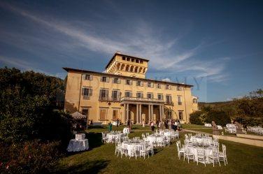 fireworks-tuscany-wedding-33