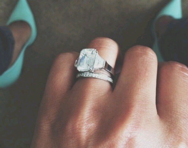 Top 10 Celebrity Engagement Ring Selfies
