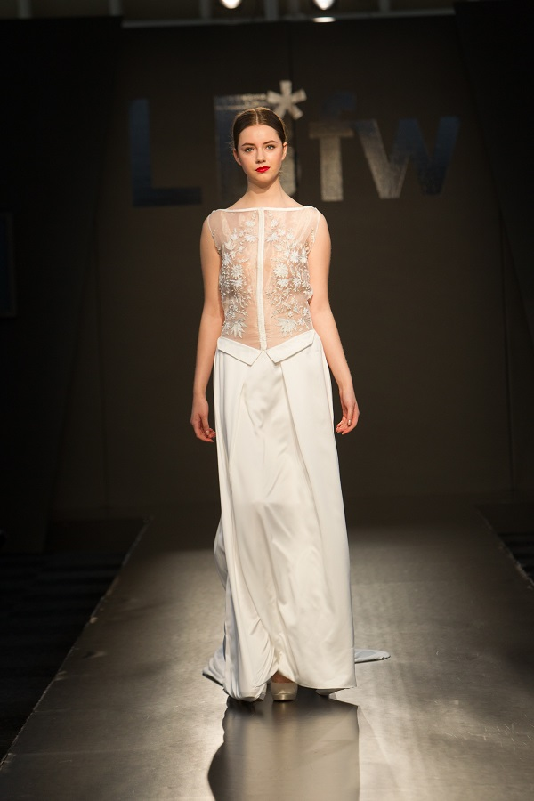 2016 wedding dress trends unveiled at London shows