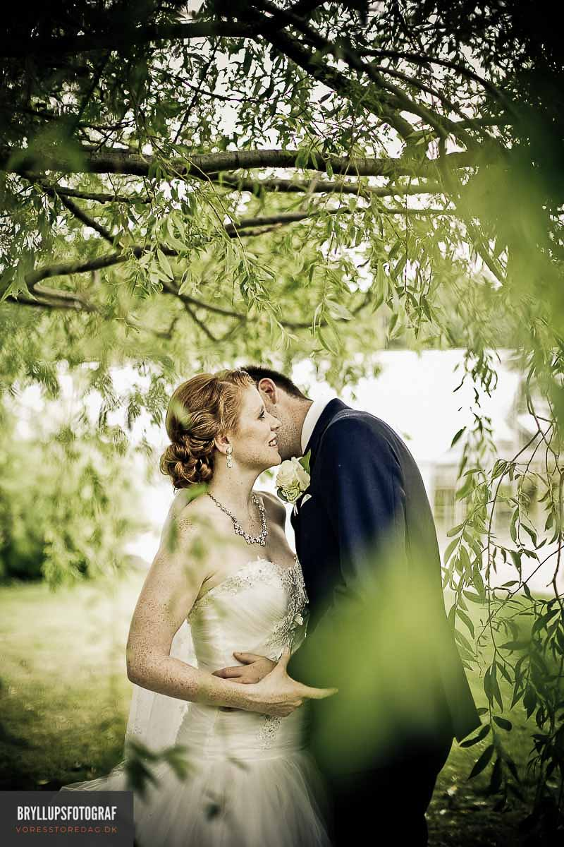 How to Survive Your Wedding Photo Shoot