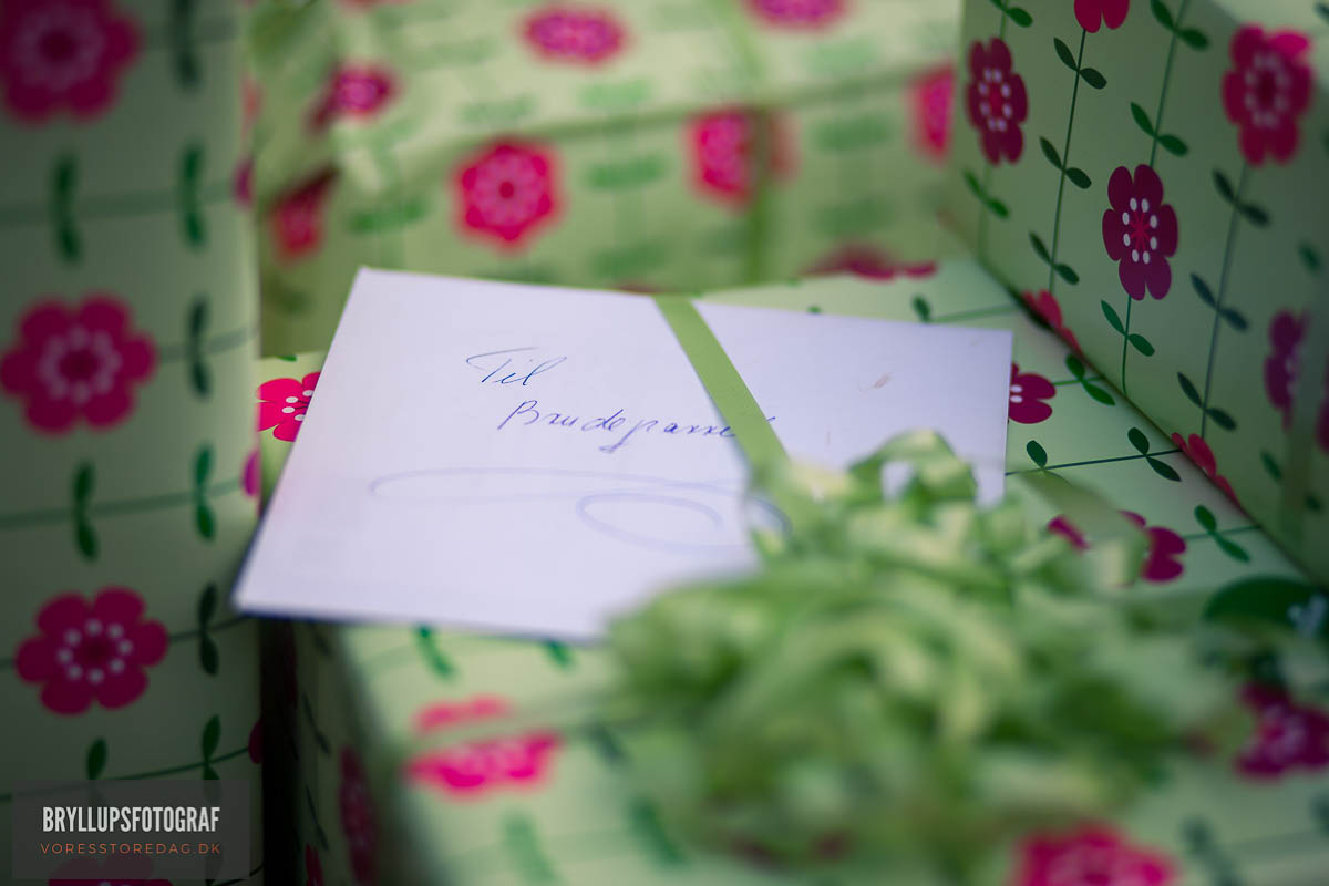 10 Good Wedding Gifts From Maid of Honor to Bride on Wedding Day ...