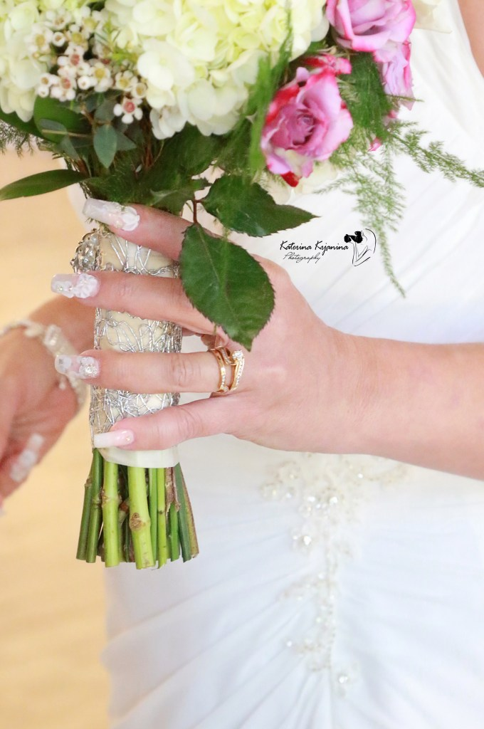 We offer a wedding photography services and wedding packages in Orlando, St. Augustine, Jacksonville, and Palm Coast Florida