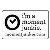momentjunkie-badge edit