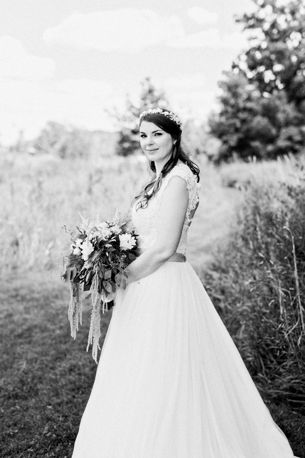 Minnesota Wedding Photographer Organic Outdoor Wedding