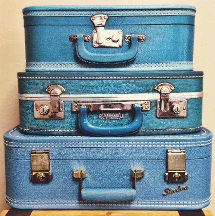 Vintage Suitcases via weddings.craftgossip.com