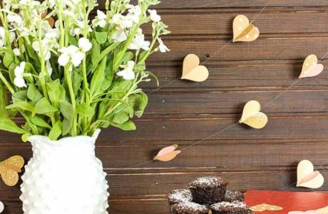 DIY Paper Heart Wedding Garland