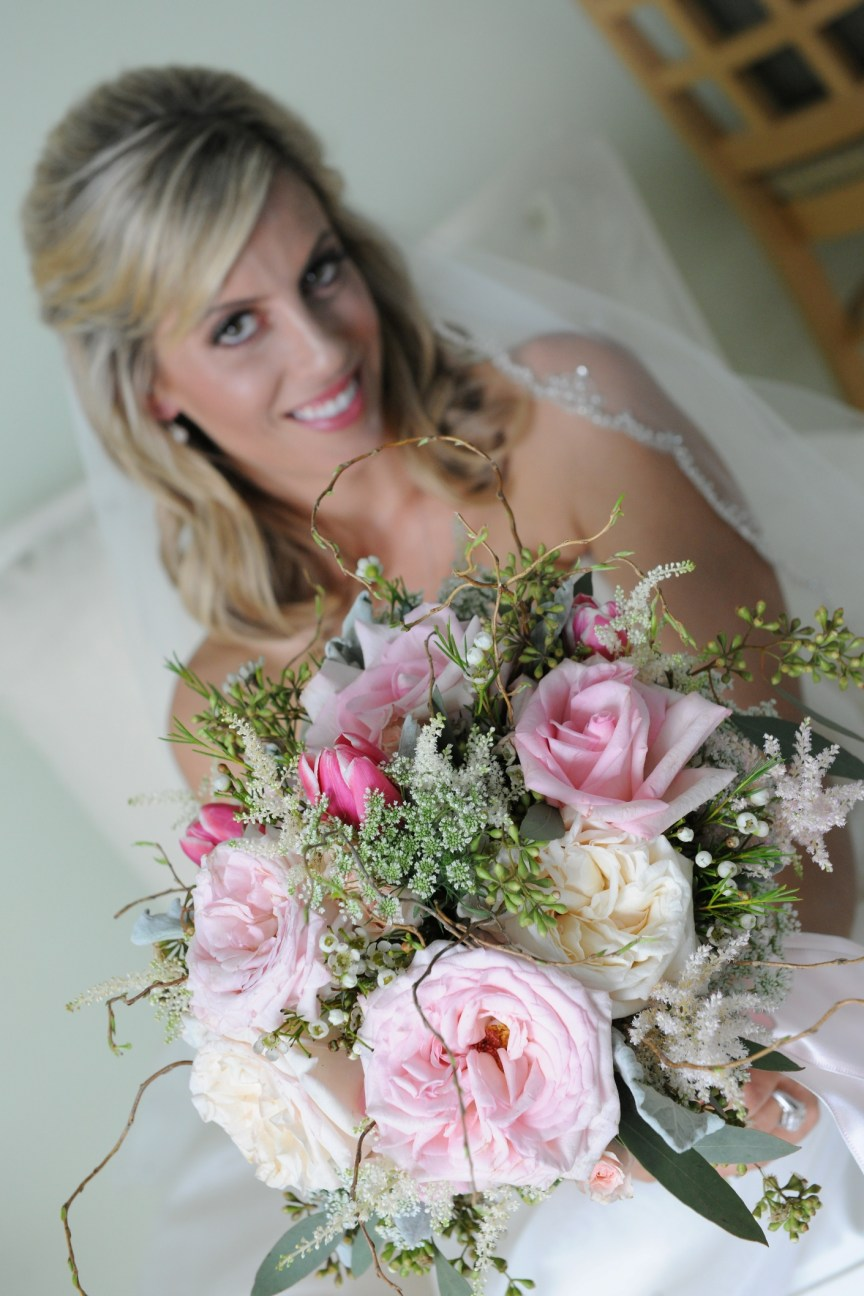 Lido Beach Bride with Bouquet