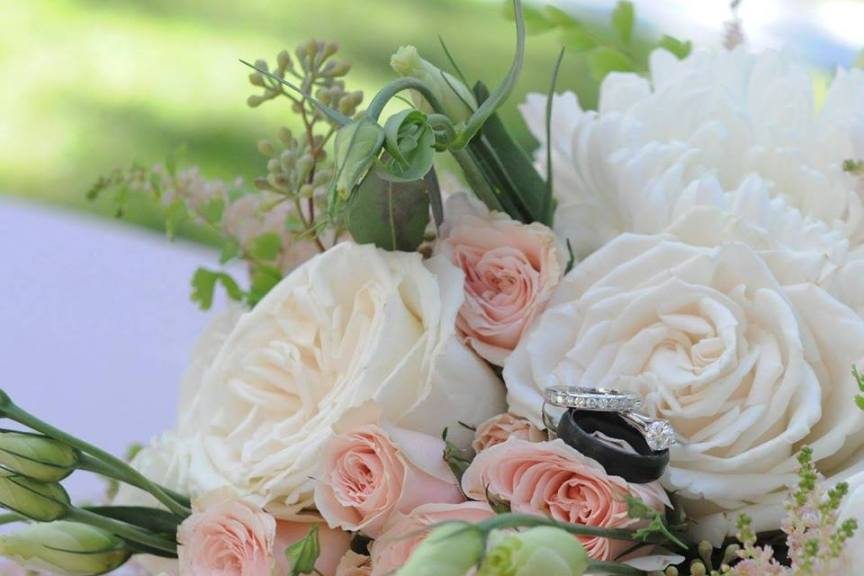 Bouquet with Wedding Rings