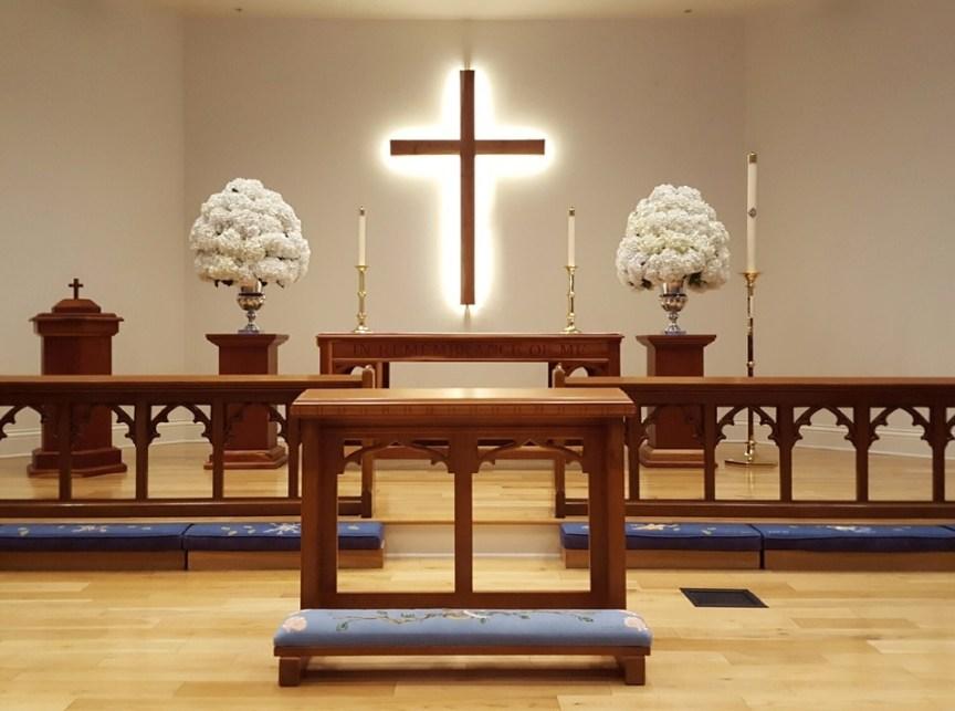 White Hydrangea Urns in Church for Ceremony