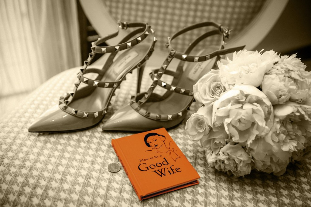 Hopelessly devoted to shoes, heels.... Weddings Abroad - WeddingsAbroad.com