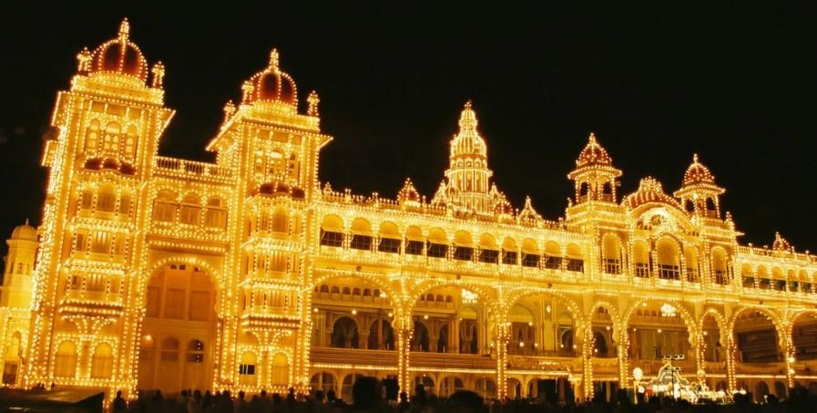 India Honeymoon - Dasara Navaratri Festival WeddingsAbroad.com