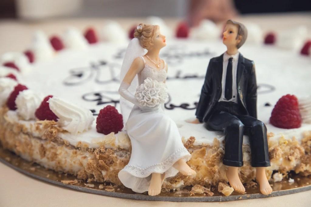 Alternative Wedding Cakes - WeddingsAbroad.com