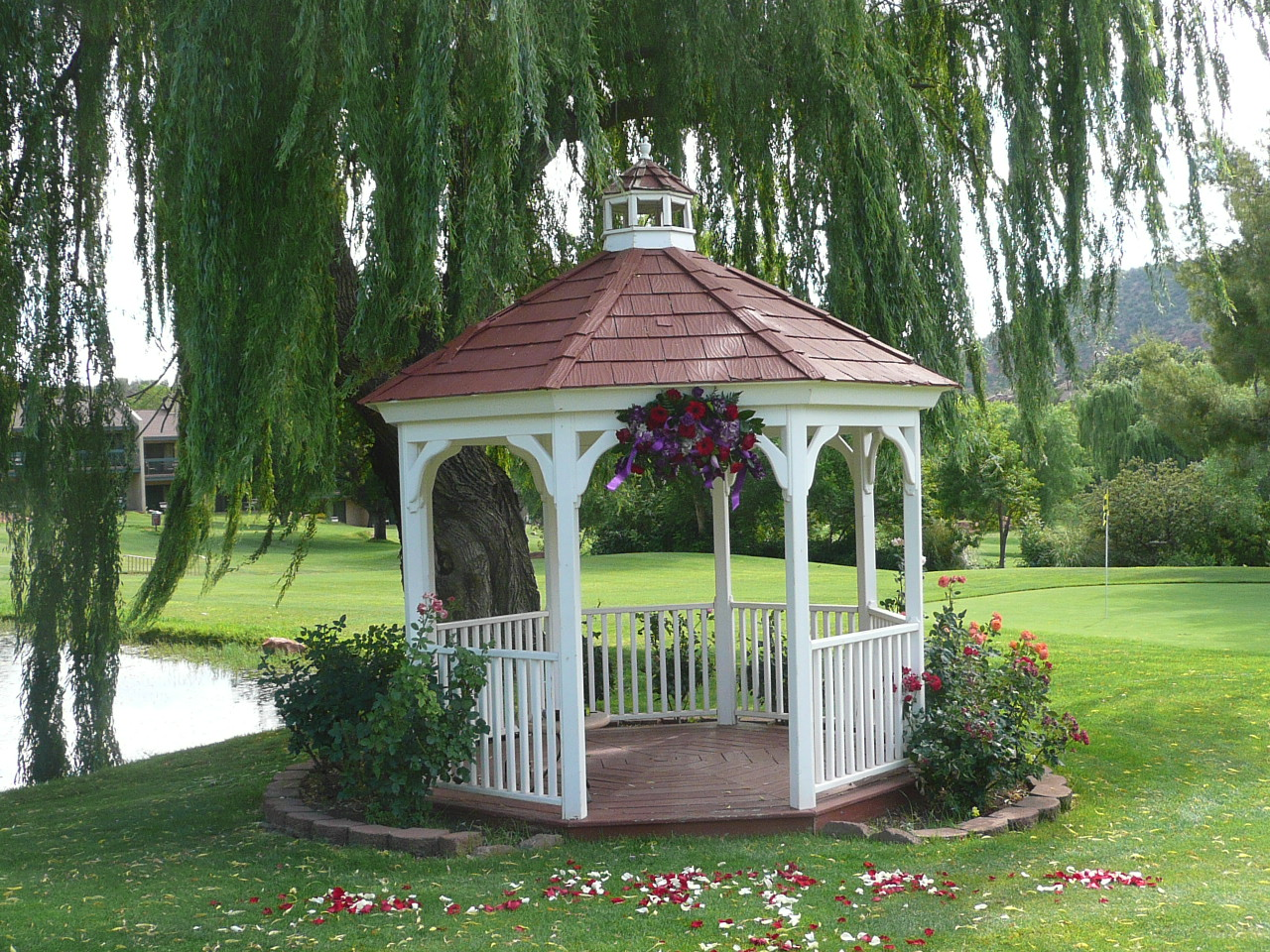 Gazebo Wedding Decorations  Romantic Decoration