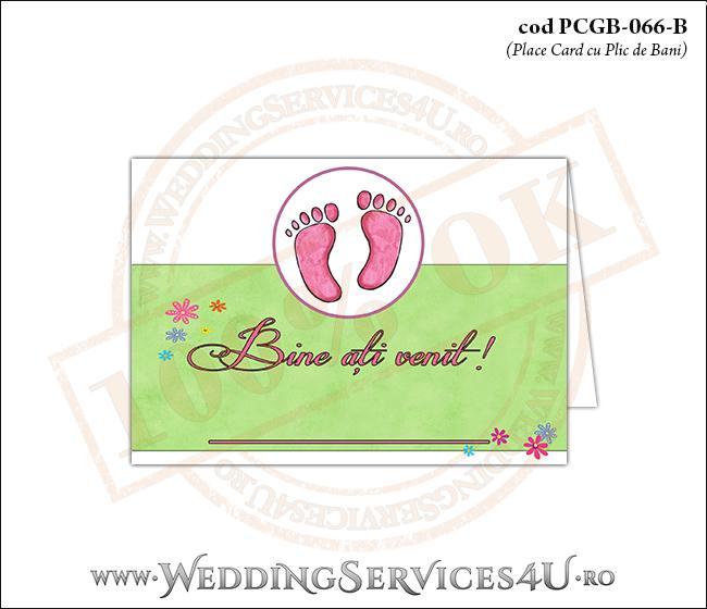 PCGB-066-B Place Card cu Plic de Bani sigilabil pentru Botez cu urme de pasi de copil si fundal cu 'gazon verde' si flori colorate
