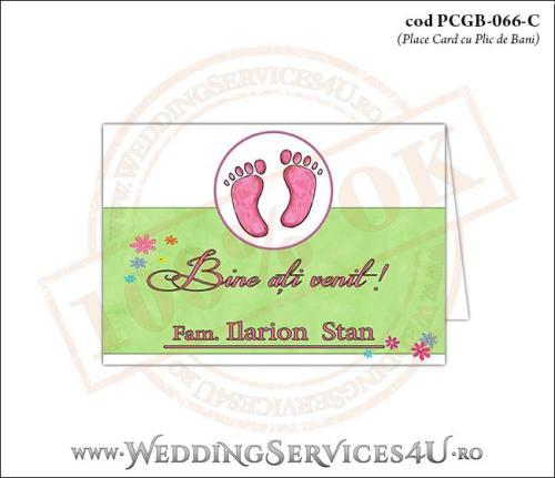 PCGB-066-C Place Card cu Plic de Bani sigilabil pentru Botez cu urme de pasi de copil si fundal cu 'gazon verde' si flori colorate