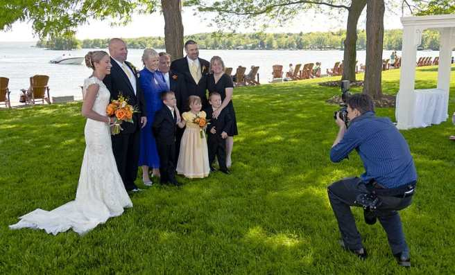 Wedding Photographer At Work - Wedding Photographs Dos and Don'ts