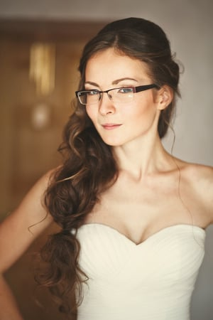 Which-is-Better-Glasses-vs-Contacts-On-Your-Wedding-Bride-Wearing-Glasses