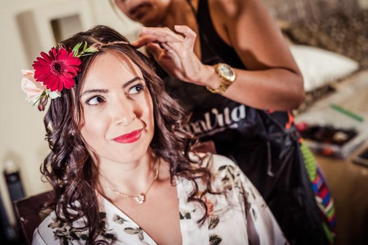 Weddings-Costa-Rica-Bride-Head-band