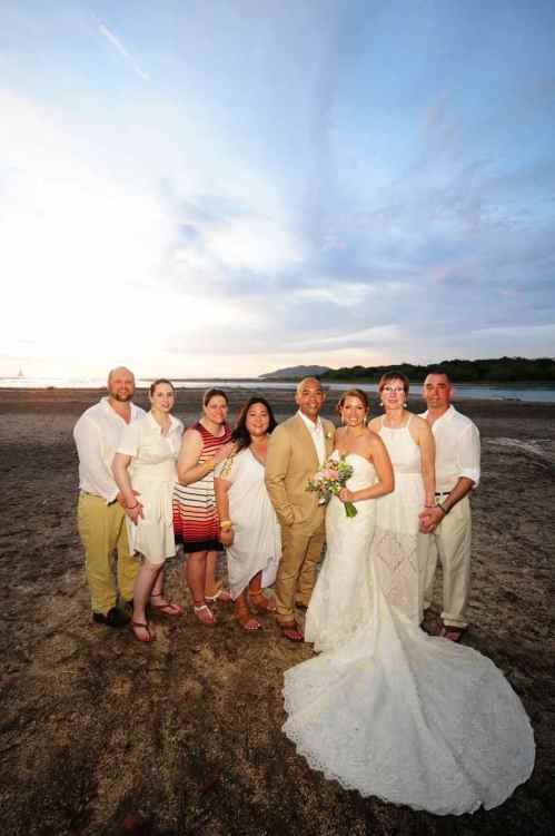 beach-weddings-family