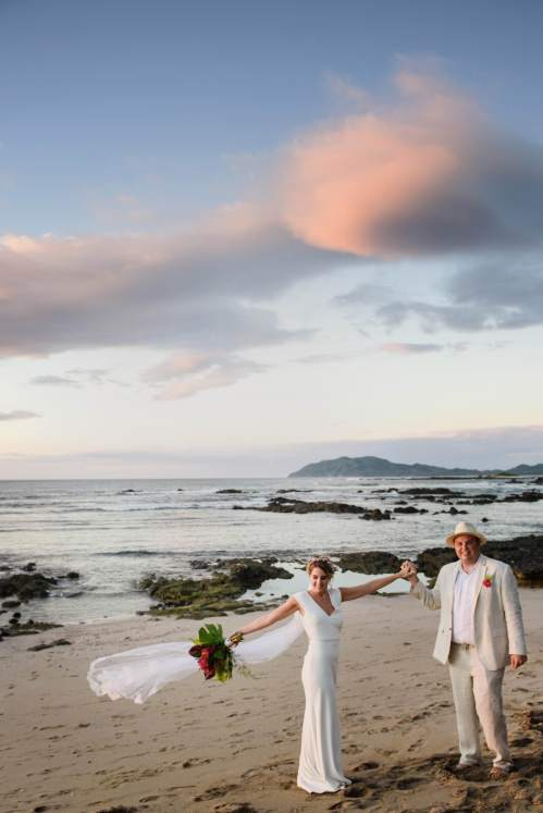 bride groom beach sunset