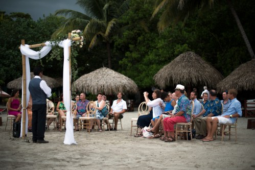beach-wedding-locanda-costa-rica