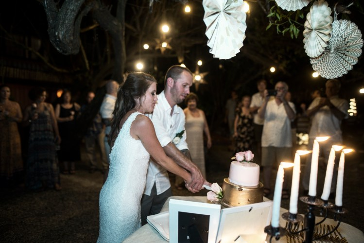 locanda-samara-wedding-cake-cutting