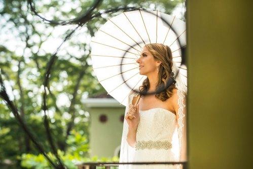 paper-parasol-bride