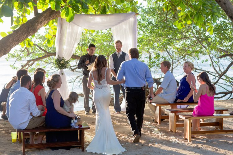 wedding-ceremony-langosta-costa-rica