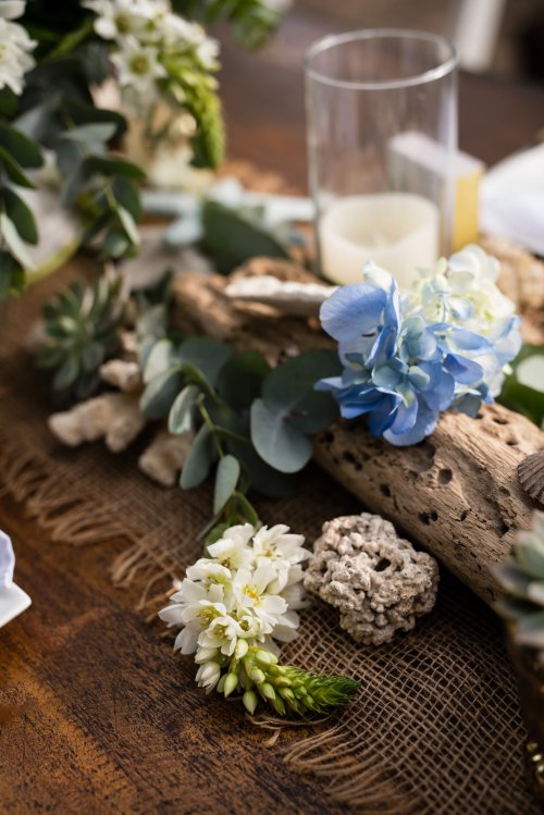 wedding-costa-rica-beach-reception-decor