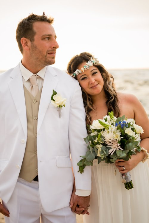 wedding-costa-rica-bride-groom-sunset