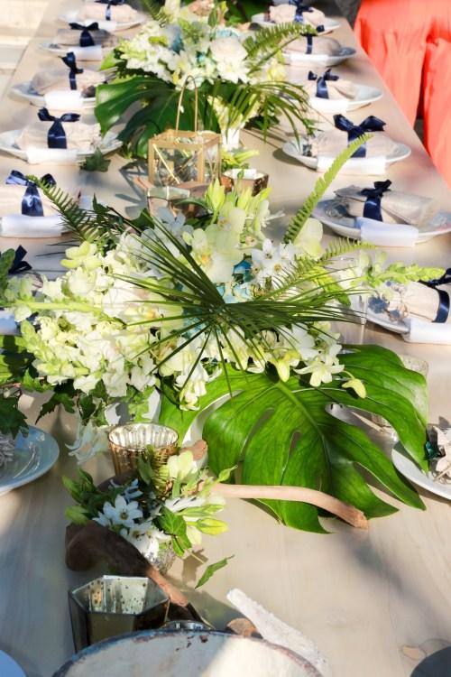 white-hydrangea-wedding-decor