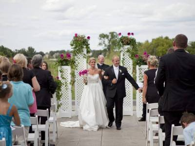 Wedding in Lakeville at Lakeville Weddings
